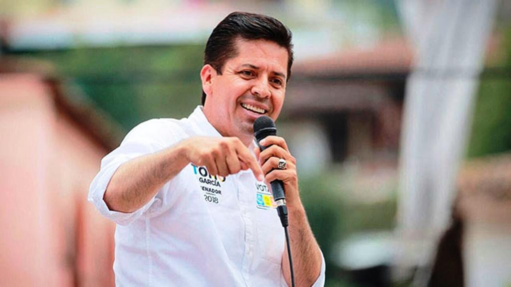 Gestionar recursos para fortalecer servicios de salud, compromiso de Toño García - Pátzcuaro Noticias