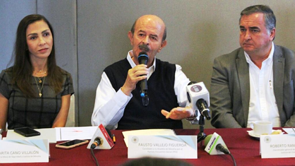 Autoridades municipales deben hacer a un lado la soberbia y prepotencia: Fausto Vallejo Figueroa - Pátzcuaro Noticias