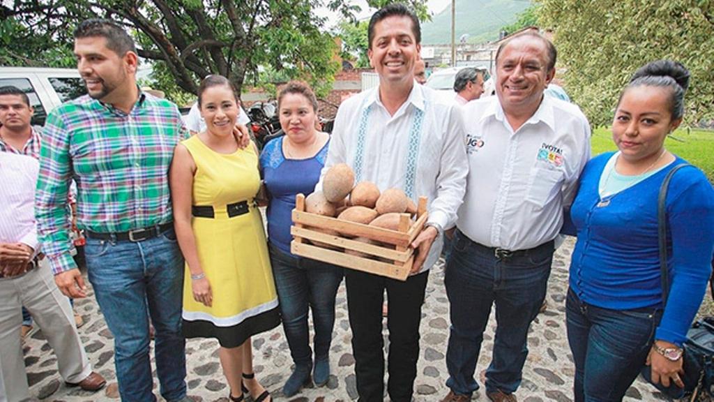 Volveré a Michoacán como su senador y servidor: Toño García 3 - Pátzcuaro Noticias