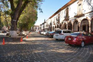 Cambian la forma de estacionarse en la Plaza Vasco de Quiroga