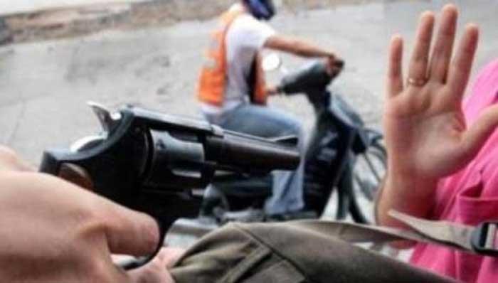 Asesinan a hombre en asalto, le roban 200 mil pesos en Morelia, Michoacán