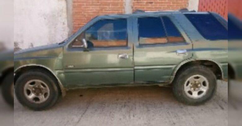 Detienen en Pátzcuaro a cuatro con vehículo robado y droga