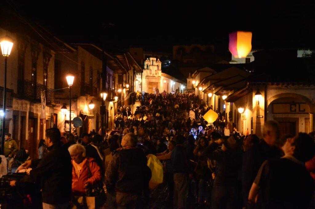 Pátzcuaro, el mejor destino turístico del País en este verano Víctor Báez