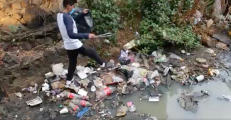 Estudiantes del CBTis 94 de Pátzcuaro limpian el río Guani (VIDEO)