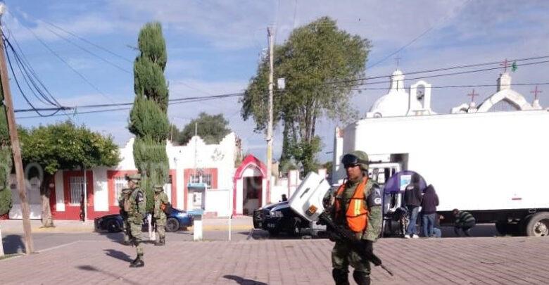 Lanzan granada a la presidencia municipal de Tochtepec, Puebla