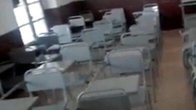 Maestro graba a fantasmas que lo asustan en salón de clases