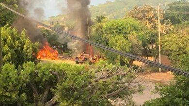 Asesinan a 14 policías en emboscada en Michoacán