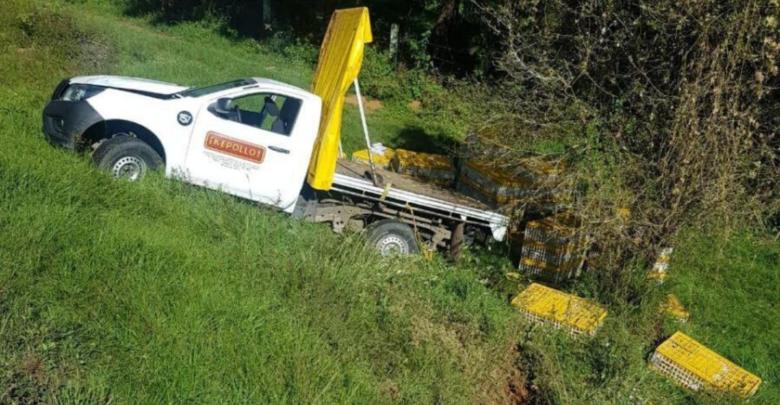 Volcadura deja dos lesionados en la Pátzcuaro-Uruapan
