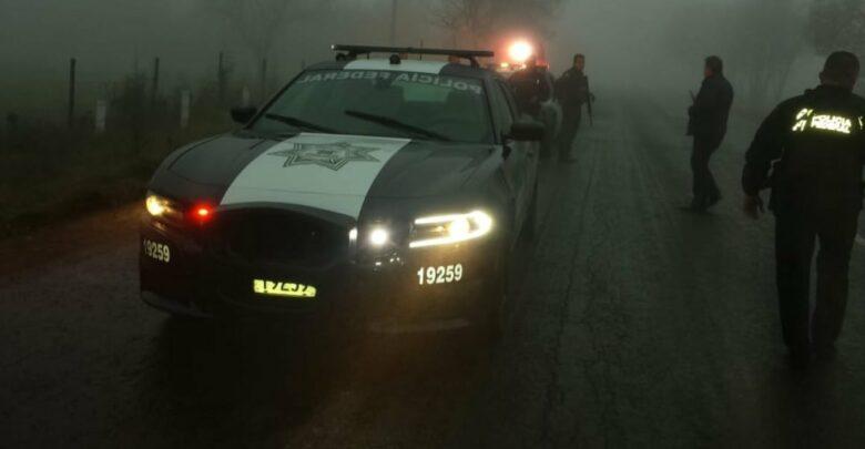 Roban patrulla a la Policía federal en la Pátzcuaro - Morelia