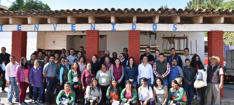 Alumnos de Huecorio que estudiaban en la parroquia del pueblo estrenarán escuela