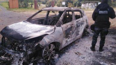 Hallan 2 cuerpos calcinados dentro de un auto en Michoacán - Pátzcuaro Noticias
