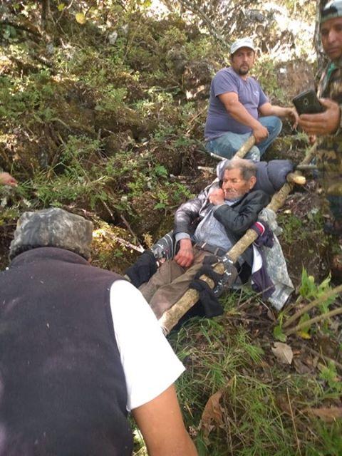 VIDEO: Patzcuarenses rescataron a hombre lesionado en barranca de Pátzcuaro - Pátzcuaro Noticias