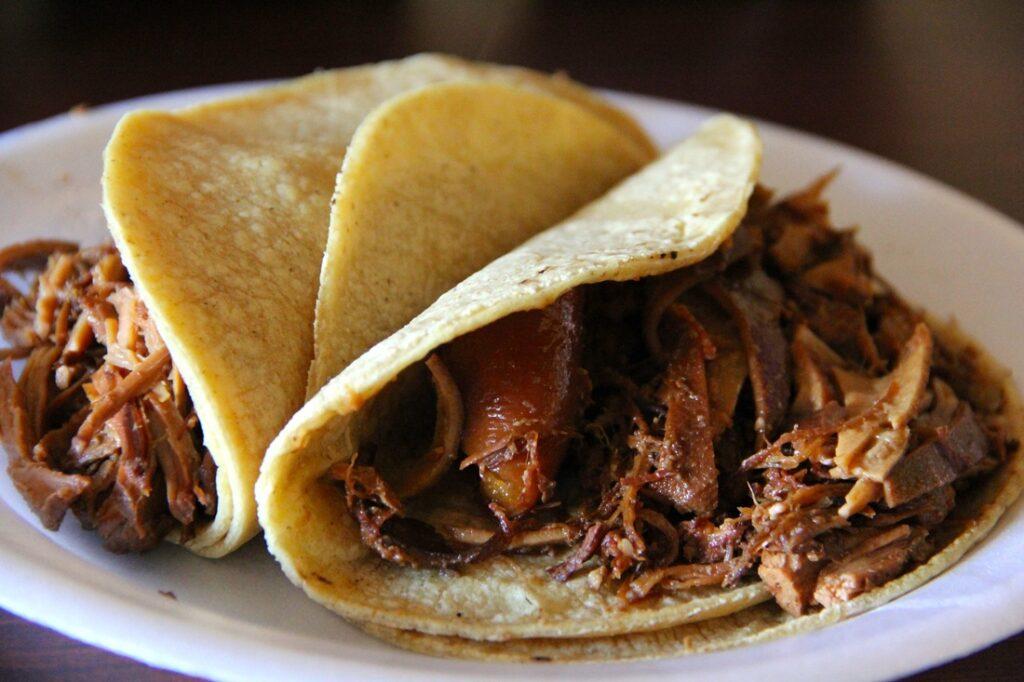 Carnitas Michoacán tiene la mejor comida de México: Mitofsky