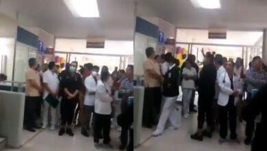 Amenazan con quemar hospital con pacientes de COVID-19 en Los Reyes, Michoacán