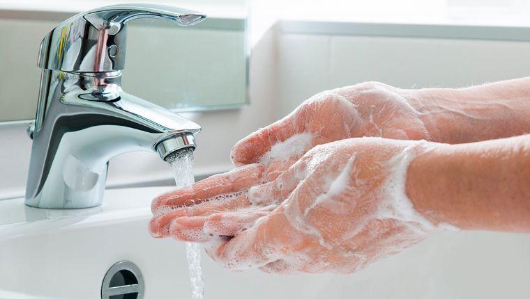 La falta de agua dificulta en Pátzcuaro, Michoacán, luchar contra el coronavirus