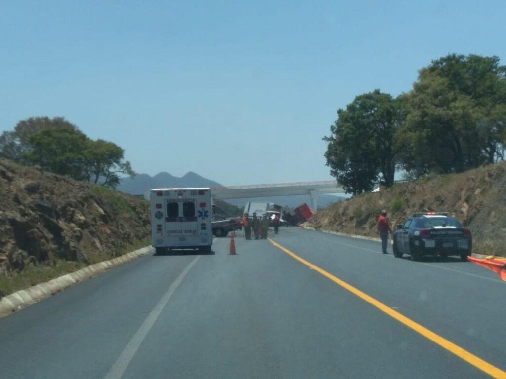 Mujer pierde la vida por choque en la Pátzcuaro-Cuitzeo - Pátzcuaro Noticias