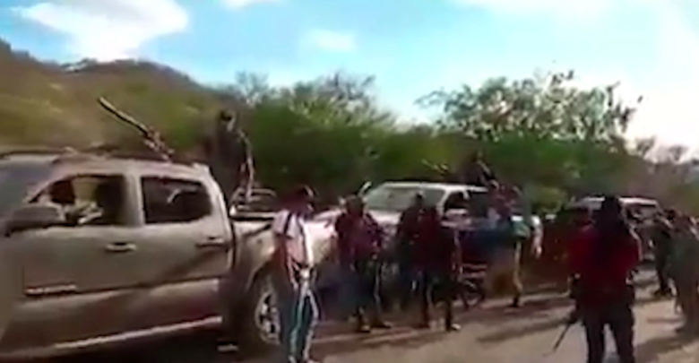 Alertan sobre incursión de comandos armados en Parácuaro, Michoacán