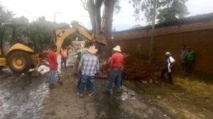 FOTOS: Basura y restos de una vaca en el drenaje de Pátzcuaro ocasionaron colapso - Pátzcuaro Noticias