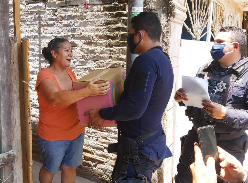 "Despensas de ""Michoacán Alimenta"" llegan a Quiroga"