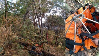 Se cae helibalde de helicóptero que combate incendio en Zitácuaro