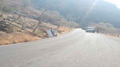 Ataque armado en carretera de Michoacán deja a un pasajero sin vida