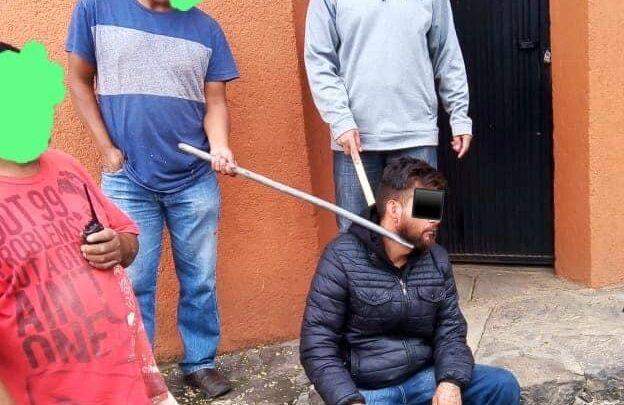 Vecinos detienen a presunto ladrón en Pátzcuaro