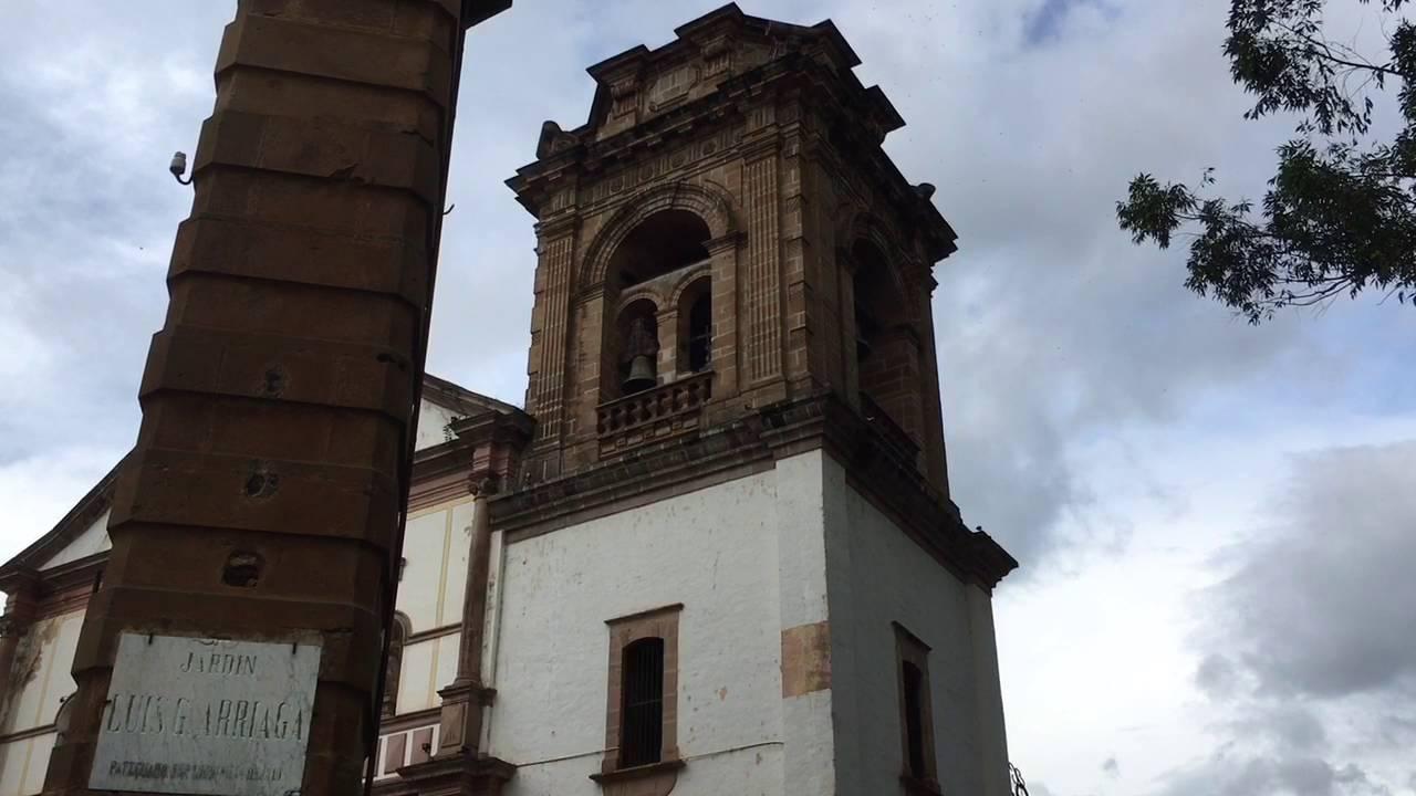 VIDEO: Hacen resonar campanas de Pátzcuaro por Grito de Independencia