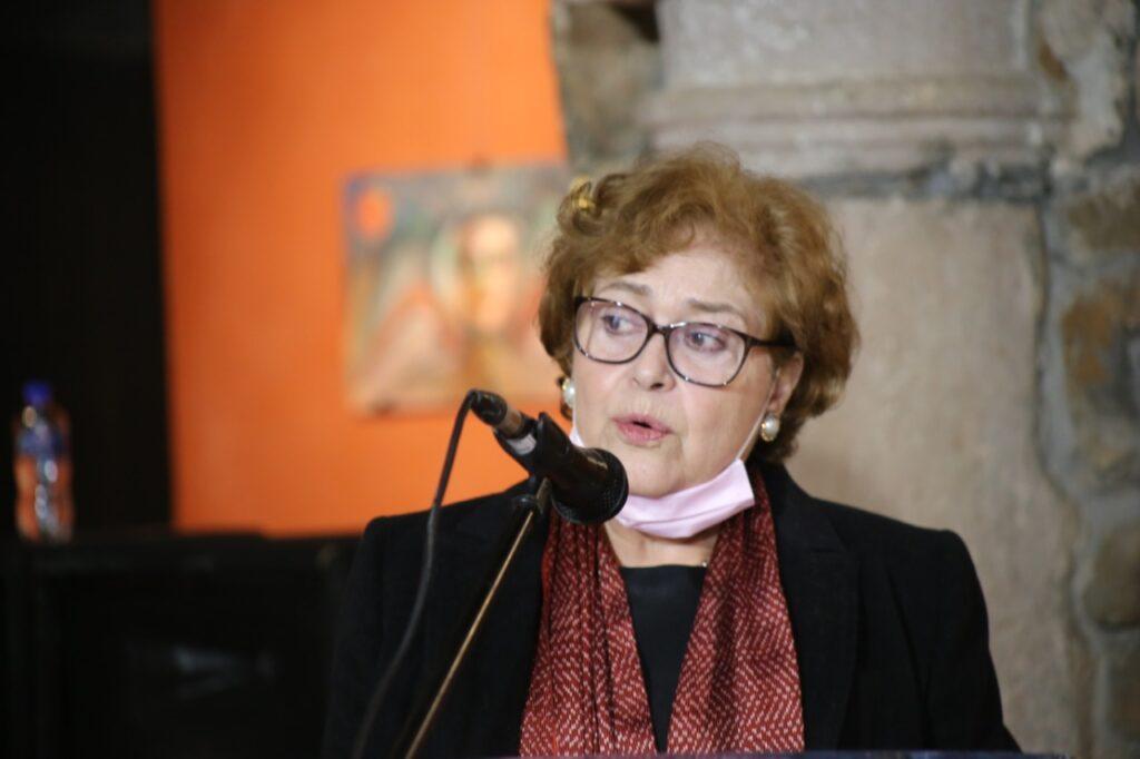 """El Gobierno de Pátzcuaro entrega presea """"Gertrudis Bocanegra"""" a la Asociación Gilberto"""