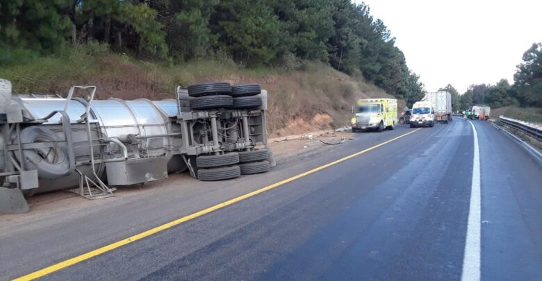 Guardia Nacional reporta fuerte accidente en la Pátzcuaro-Uruapan