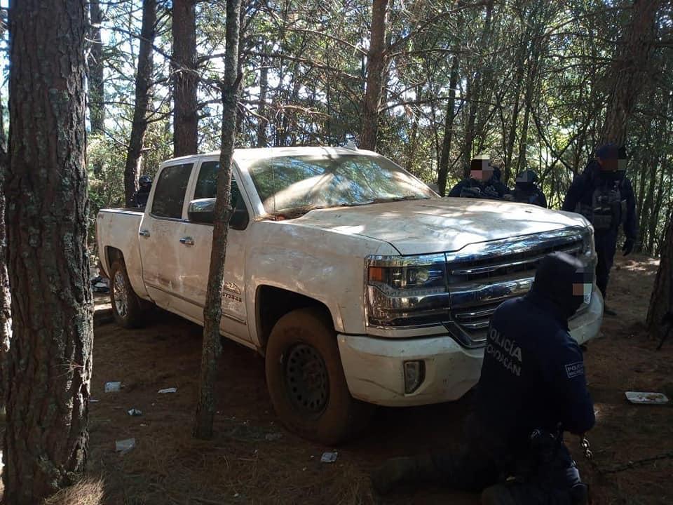 FOTOS: Destruyen 3 narco campamentos equipados en Salvador Escalante, Michoacán