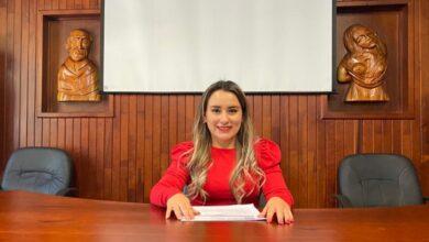 Hermila Solís aspirante por Morena en Pátzcuaro
