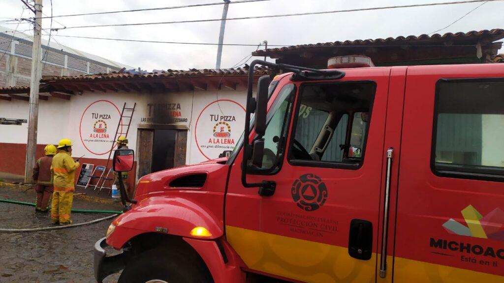 Se incendia pizzería en el centro de Acuitzio del Canje - Pátzcuaro Noticias