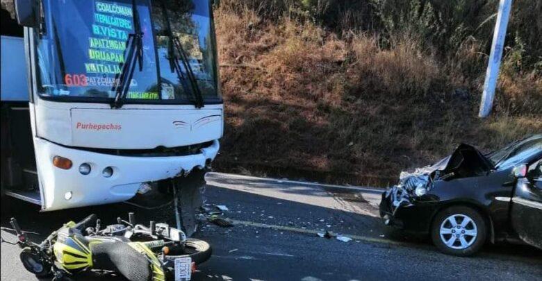 Fuerte carambola en Tingambato deja 3 lesionados