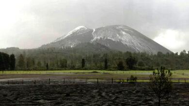 FOTOS: Granizo pinta de blanco el volcán Paricutín