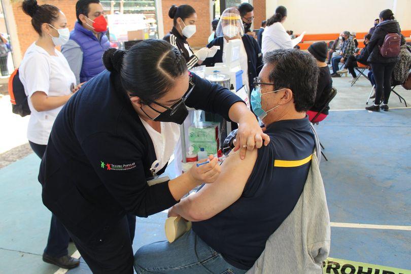 Segunda dosis a personas de 40 a 49 años en Pátzcuaro