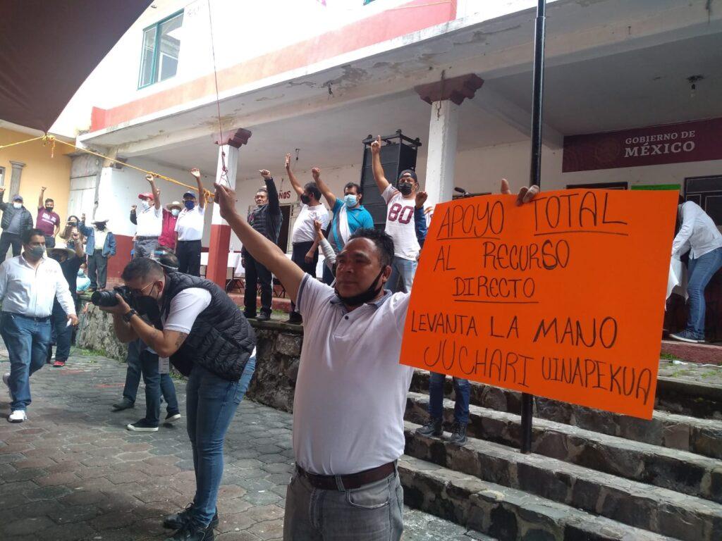 FOTOS: Jarácuaro votó por el sí al presupuesto directo
