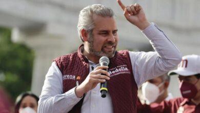 El gobernador electo de Michoacán, Alfredo Ramírez Bedolla, visita Jarácuaro